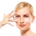 自宅で顔脱毛の簡単なやり方や方法を紹介!サロンとのコスパを比較!