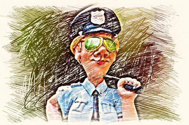 policewoman-1848600_640