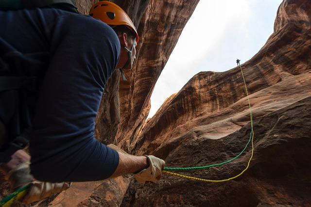 climbing-1761406_640